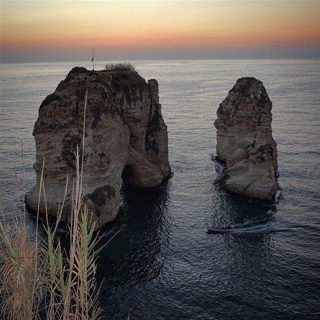Sunset time... loves_lebanon super_lebanon ig_lebanon lebanonbyalocal... (Al Raouche)