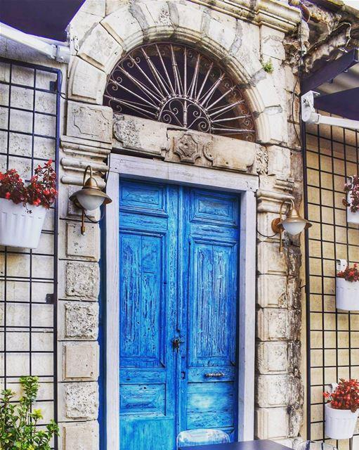 oldjounieh jounieh oldhouse heritage bluedoor atcl brickhouse ... (Atcl - Kaslik - Lebanon)