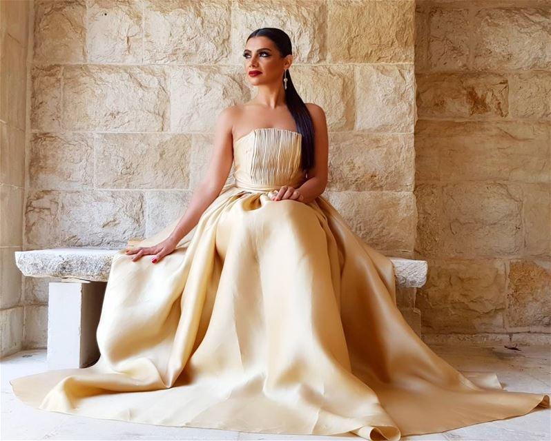 EndOfWeddingSeason wedding love lebanon dress makeup glam Makeup:@silk_in