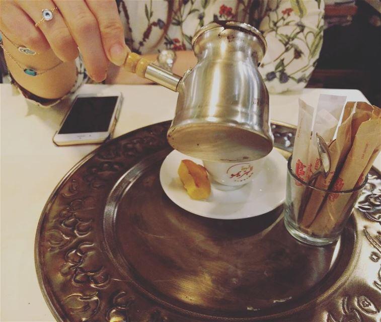 كيف سيكون مسائي مزهرآ اذا لم يبدأ بك قهوتي... turkkahvesi ... (قهوة البريمو)