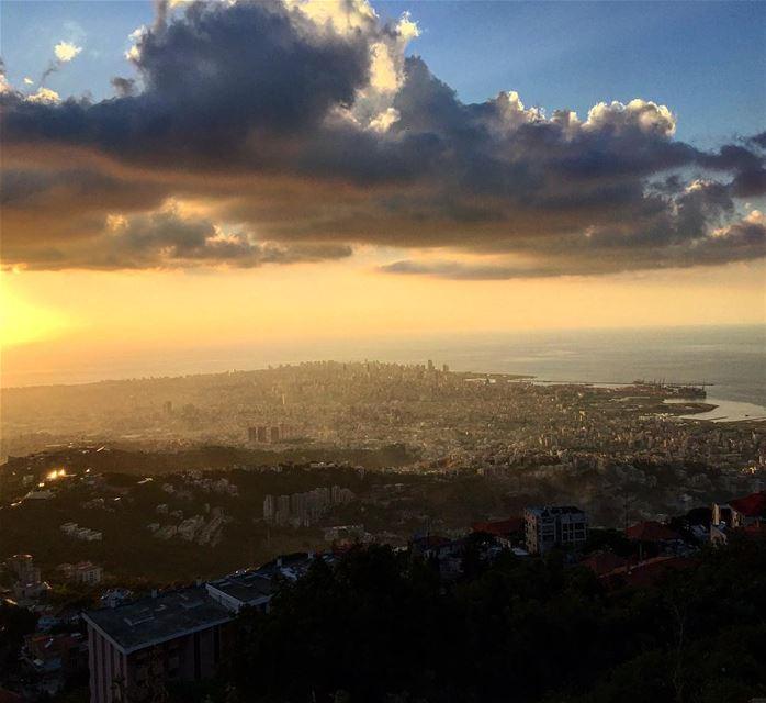 في_بلادي يا ست الدينا يا بيروت بيروت_هيي_الروح lebanon lebanese ... (Beirut, Lebanon)
