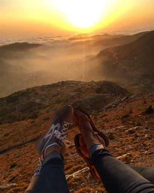 Let the weekend begin 😎🌄 livelovefaraya superphotosunsets ... (Faraya, Mont-Liban, Lebanon)