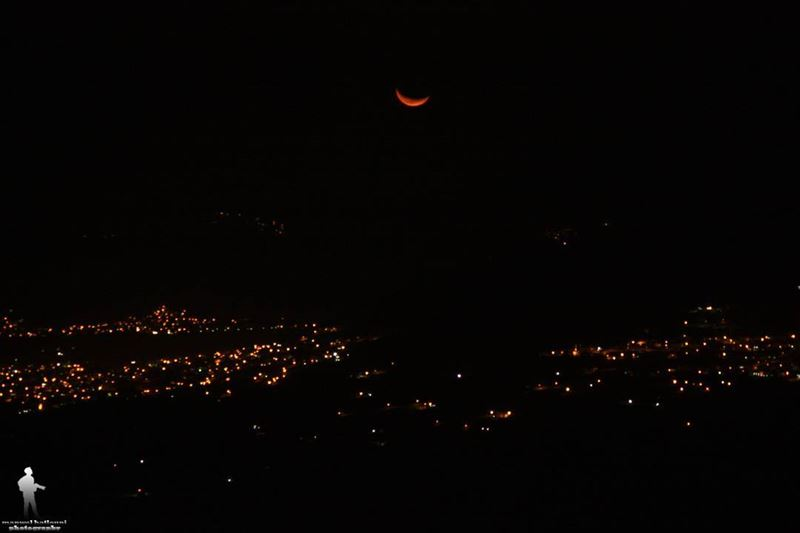 Goodnight from Al bekaa livelovebekaa livelovebeirut ptklebanon ... (Qaraaoun, Béqaa, Lebanon)