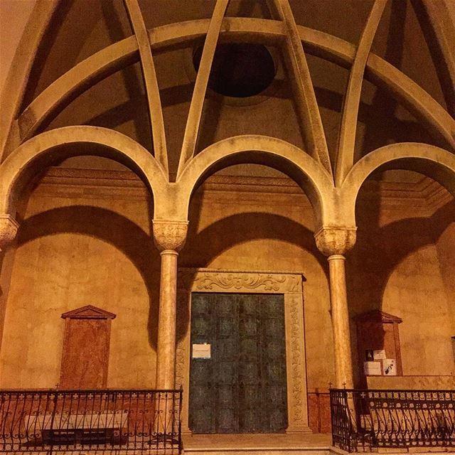 Gemmayze by night ! architecture church architecturelovers ... (Beirut, Lebanon)