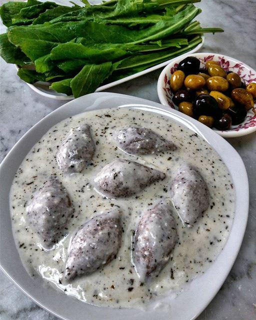 كبة لبنية 😋 lunch lunchtime eat letseat eeeeeats yummy nomnom delicious... (Beirut, Lebanon)