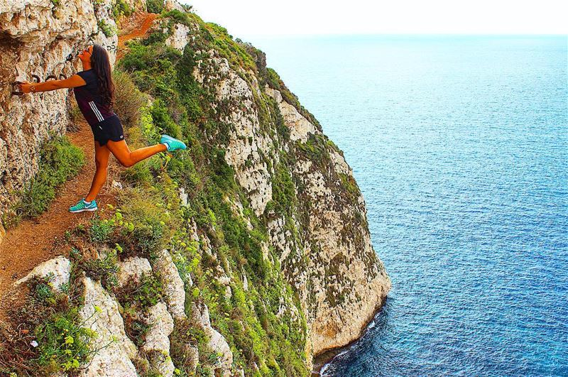 🚫 Acrophobia not allowed 🚫 Secret Path Cliff Cliffwalks Edge... (The Secret Path)