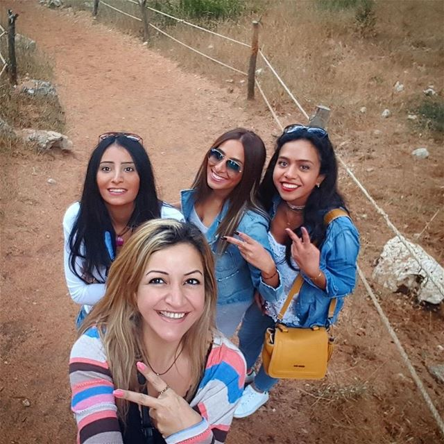A true friend cares like a mom, scolds like a dad, teases like a sister,... (El Arz, Liban-Nord, Lebanon)