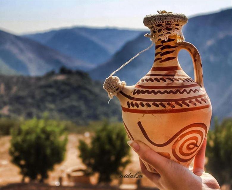 Photo by: @nidal.majdalani على نبع الميي يا عينيي قلتلي عطشانإسقيني شوية... (South of Lebanon)