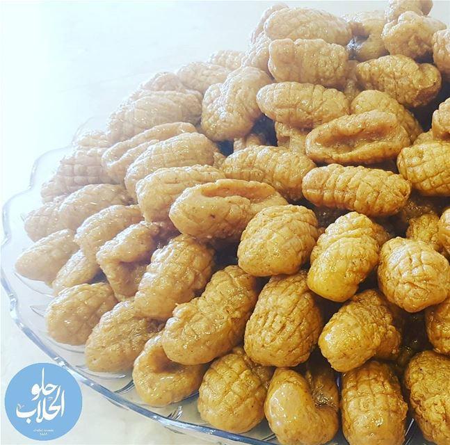 معكرون 😍😉 ولا أطيب من هيك 👌------------------------------------------- (Abed Ghazi Hallab Sweets)