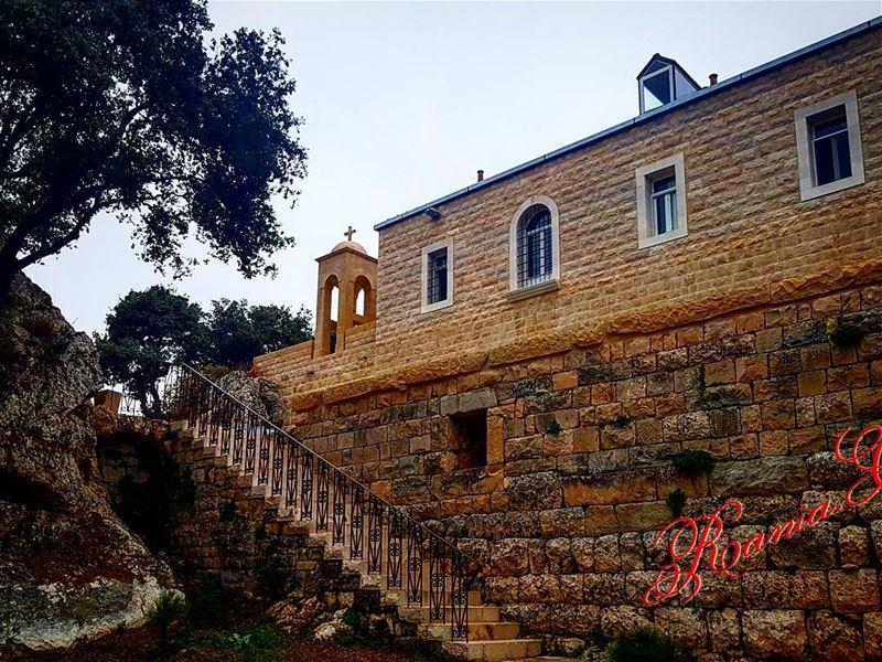 blessedday amazingplace wonderfulview sterafka deirmarsemaan @livelove (Saint Rafka Ayto)