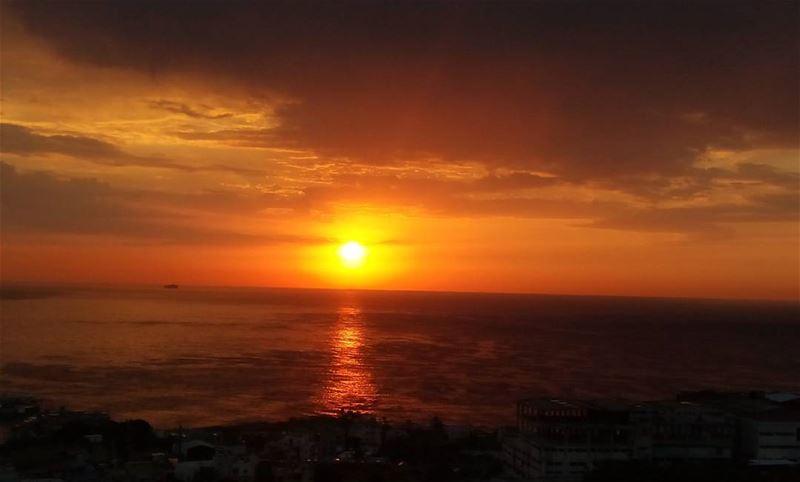 lebanoninapicture Lebanon sunset amazing ...