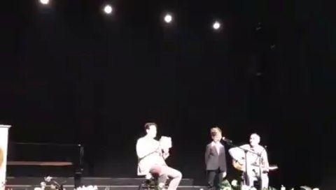 اغنية طيري طيري يا عصفوره يلقيها الطفل داني دوري لبكي في مسابقة الموسيقى