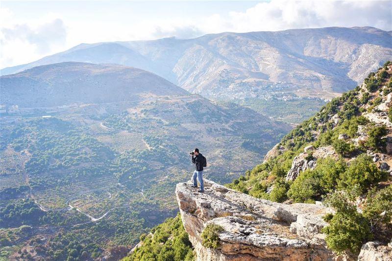 Simba's homeland 🦁•••••••••••••••••••••••📸 @ronihms••••••••••••••••••• (Zahlé, Lebanon)