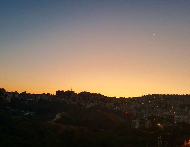 Dawn or Dusk?  spythemoon ... Lebanon  dawn  sunrise  Metn ...