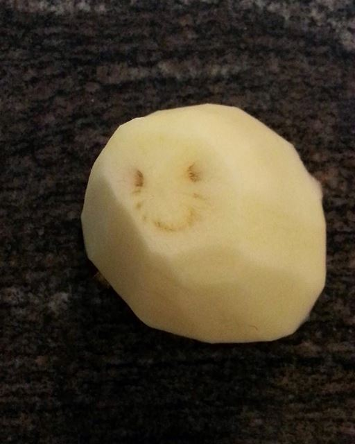 Even our Potato smiles at Em's 😁😁 Happy Tuesday! potatoes instafood ... (Em's cuisine)