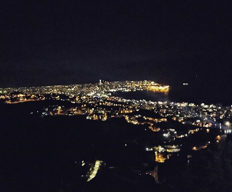 Everything is beautiful from a certain distance! beirut lebanon @livelove (Kornet Chehwen 1526)