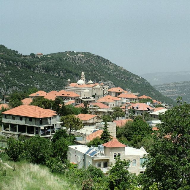 Villages raise men @livelovedouma (Douma, Liban-Nord, Lebanon)