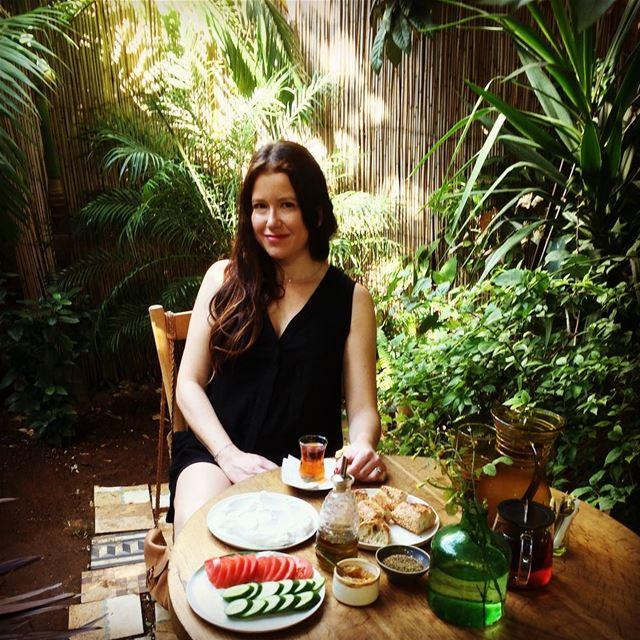 Morning chaï 😌 peaceful.. . breakfast fooding livelovelebanon ... (Plan BEY)
