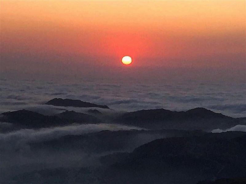 That Peacful moments ...🌄🌅 dronegear natgeo dronephotography ... (Faraya, Mont-Liban, Lebanon)