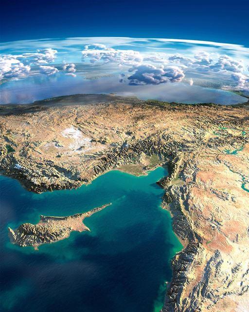 🇱🇧 Part of Lebanon, Cyprus, Syria, Turkey and translucent Mediterranean... (Mediterranean Sea)