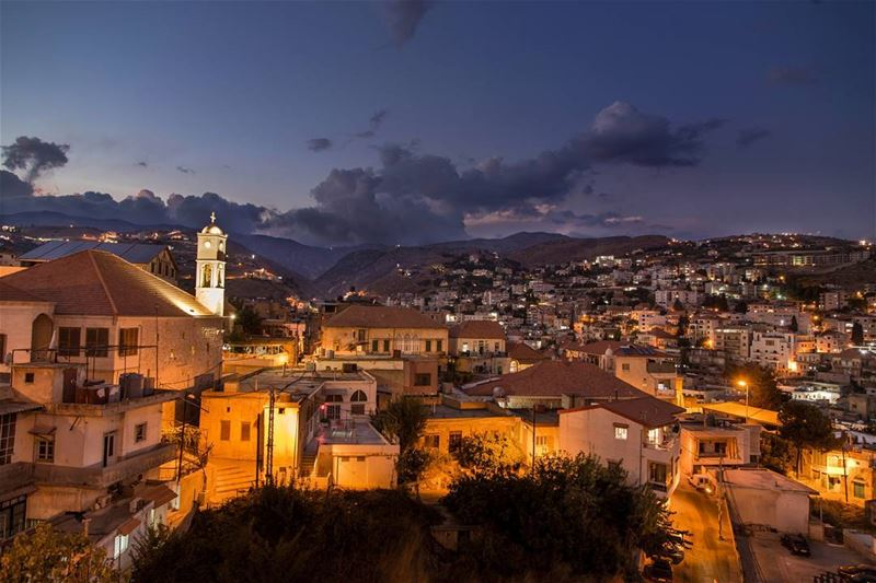 The city that warms the soul............. livelovezahleh ... (Zahlé, Lebanon)