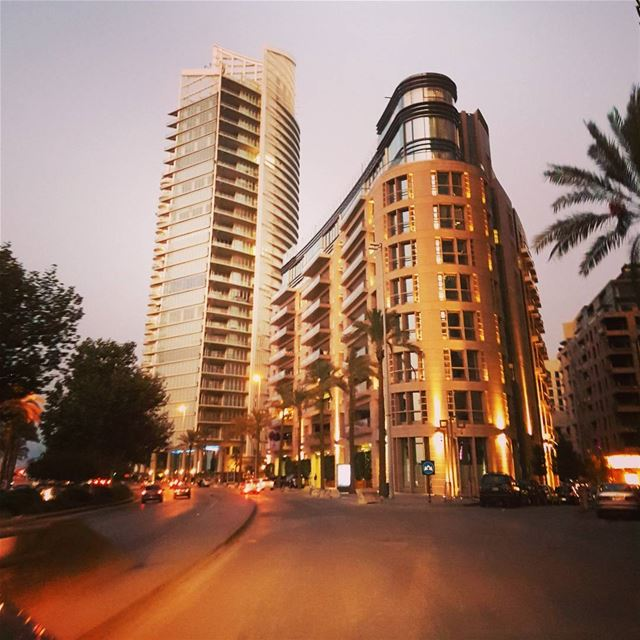 الليلُ تاريخ الحنين، وأنت ليلي-محمود درويش ig_respect ig_lebanon ... (Downtown Beirut)