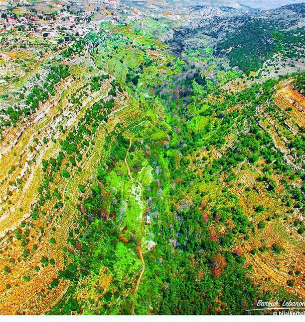 barouk chouf lebanon instagoodmyphoto nature majestic impressive view... (Jabal el Bâroûk)