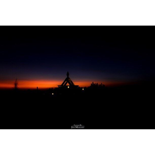 آخر خمسة دقائق قبل نهاية كل نهار يبدأ السحر ehden sunset church ...