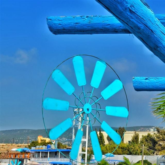 Tourner dans le vide····· bleu bleunoir bleunoirtattoo bleublanc ...