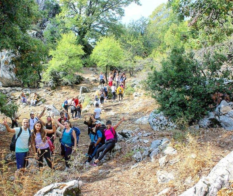 Happy Healthy Hikers with sanelebanon 👫👭 (Jabal Moûssi)
