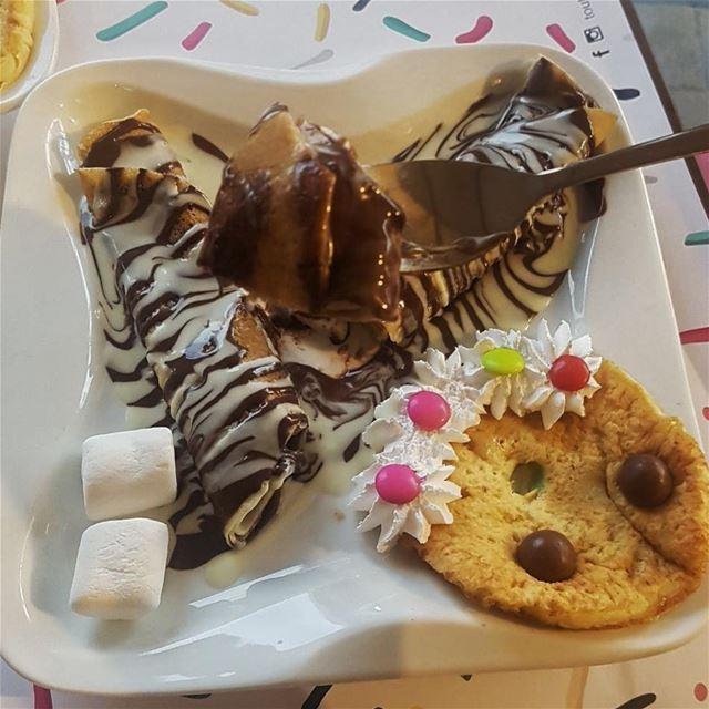batroun @toutdesweetbatroun crepe dessert chocolate foodies ... (Tout de sweet batroun)