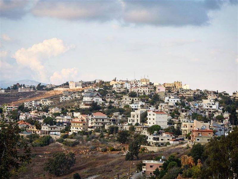 هون البداية klayaa lebanon livelovelebanon livelovebeirut ... (El Qlaïaâ, Al Janub, Lebanon)