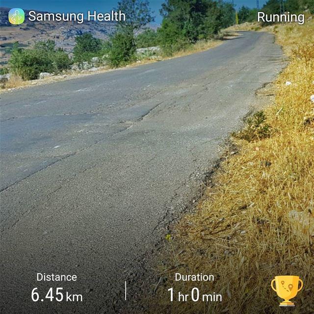 running runningmylife runninglife runningpic sannine sanninemountain... (Sannin, Mont-Liban, Lebanon)