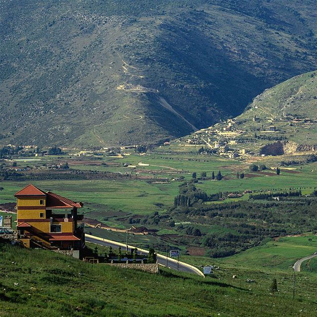 ᴏɴᴇ ᴏғ ᴛʜᴇ ʙᴇsᴛ ᴘʟᴀᴄᴇs ɪ ᴀᴅᴏʀᴇ ᴛᴏ ʜᴀᴠᴇ ᴀ sʜᴏᴛ ᴏғ ᴇsᴘʀᴇssᴏ ☕☕... (Kfar Tibnît, Al Janub, Lebanon)