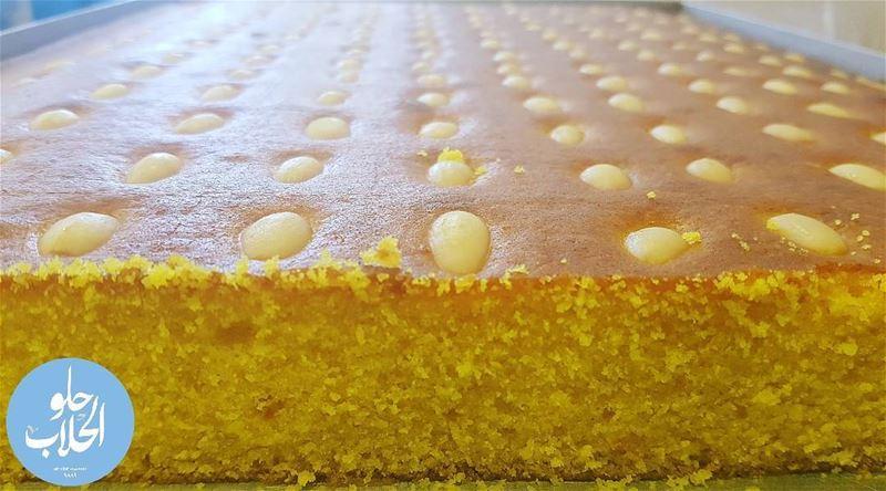 الصّفوف هي نوعٌ من أنواع الحلويّات اللّبنانية المشهورة واللذيذة😍👍بس عند ا (Abed Ghazi Hallab Sweets)