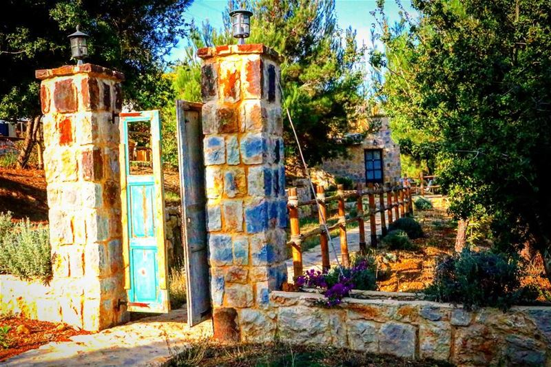 Broken doors often lead to memorable destinations••••• photooftheday... (Blue Jay Valley)