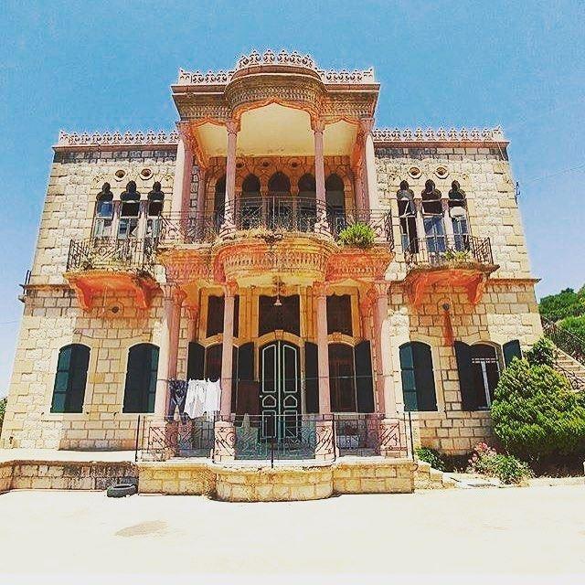 hammana beirut lebanon houses lebanesehouses oldiesbutgoodies oldies... (Aïn Hammana, Mont-Liban, Lebanon)