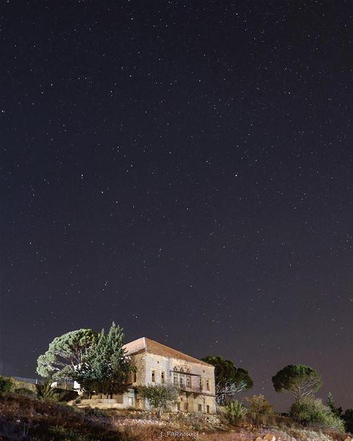 The stars were a better company @livelovemarjeyoun (Marjayoûn, Al Janub, Lebanon)