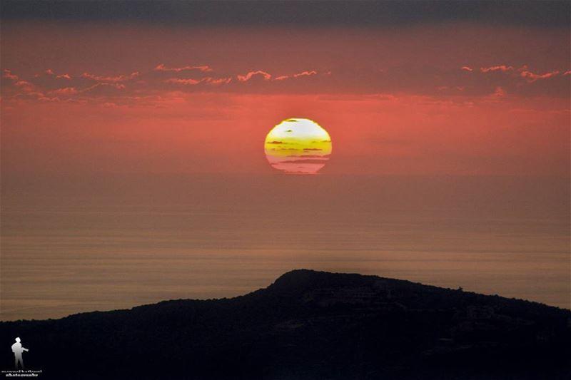 ...يمكن بكرا احلى sunset🌅 sunset_ig adorablesunset sunsetsky ...