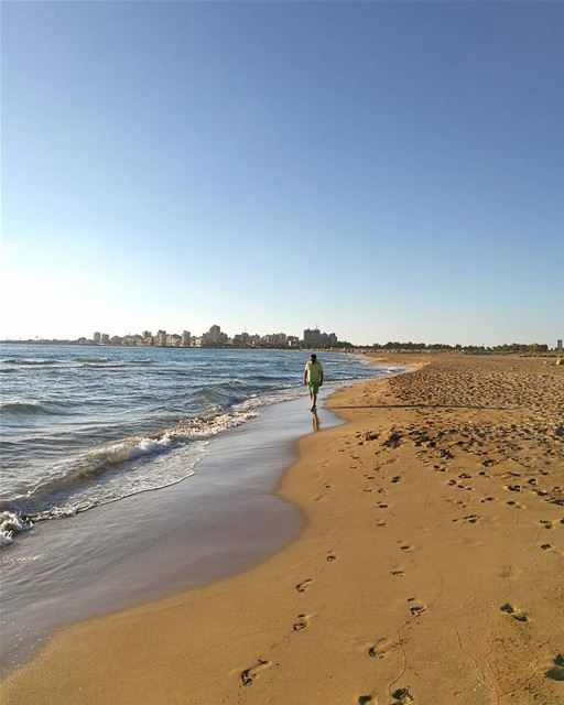 Sometimes u need to walk away 🚶 lebanon tyre beach southbeach ... (Tyre, Lebanon)