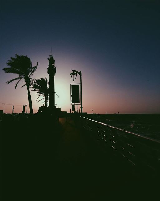 Enjoy every sunset 🌅🌴••• lebanon beirut photooftheday sunsetporn... (المنارة - بيروت)