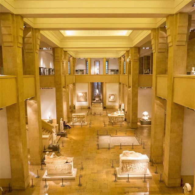 🇱🇧 O Líbano é um dos berços da civilização mundial, e muito do legado... (National Museum of Beirut)