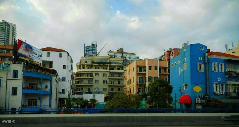 colors colorful houses streetphotography lebanonspotlights oldbeirut... (Beirut, Lebanon)