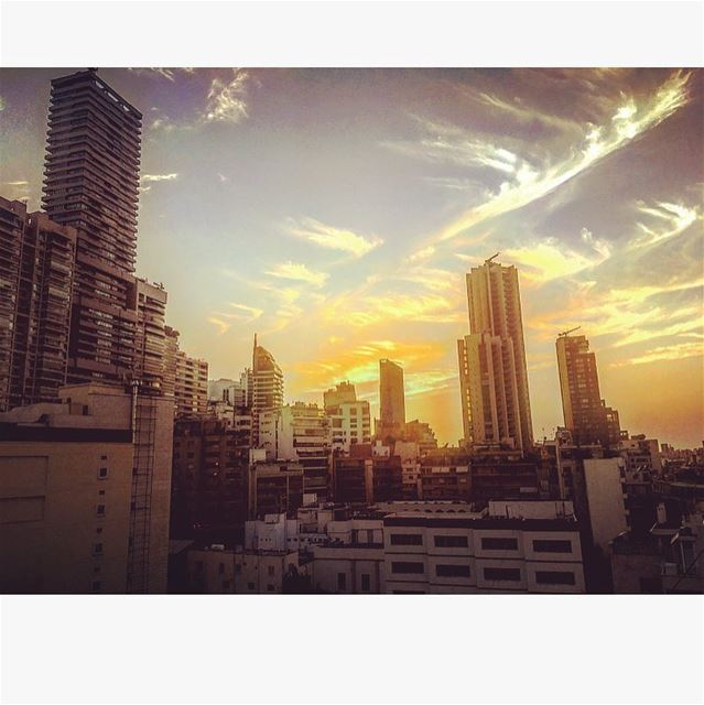 🌆🌇 Sunset Beirut Lebanon TGIF Friday weekend LifeWithAView ...