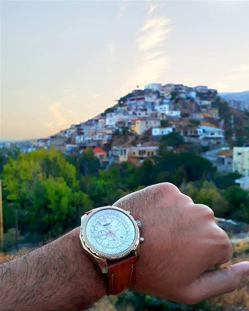Watch-ing the Sunset over the hills 🌄 (Qabb Ilyas, Béqaa, Lebanon)