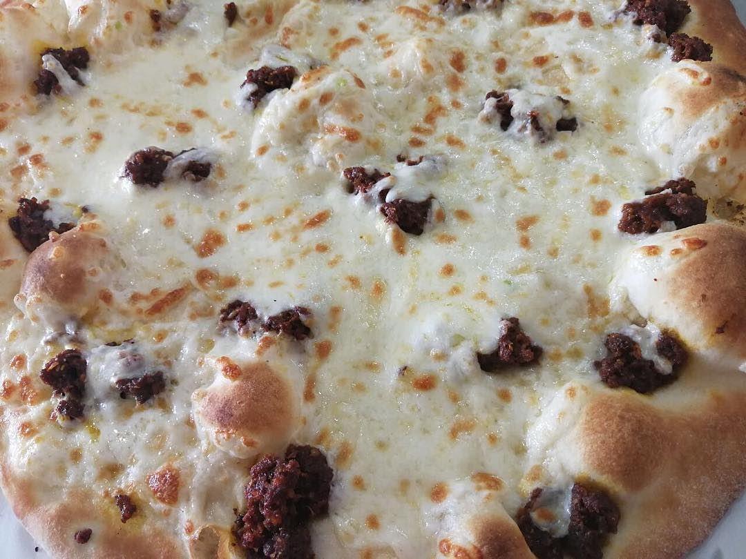 On Fridays,we chill💃!!!Warm up your body with an Armenian taste(Sojok)... (Rashet somsom - رشة سمسم)