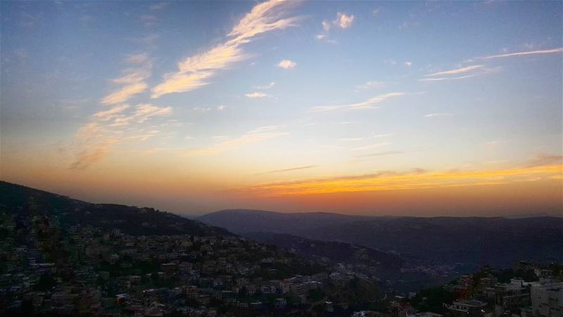 sunset magicalview amazing colors hasbaya_pictures sunsetview ... (Hasbaya)