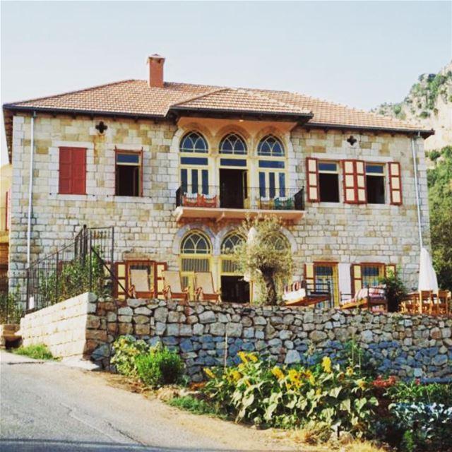 beitdouma douma lebanon tourism visit exploretocreate exploretheworld... (Beit Douma)