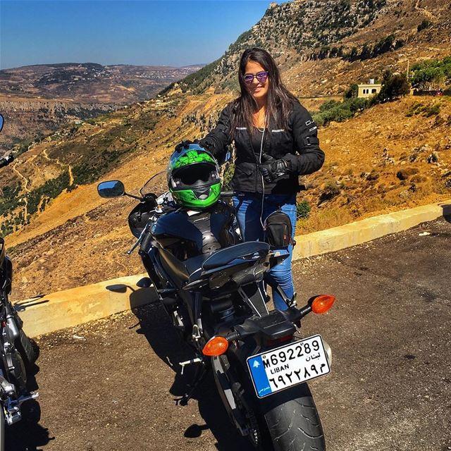 biker yamahar6 yamaha bikelife bikerchick adrenaline ride ... (Jezzîne, Al Janub, Lebanon)