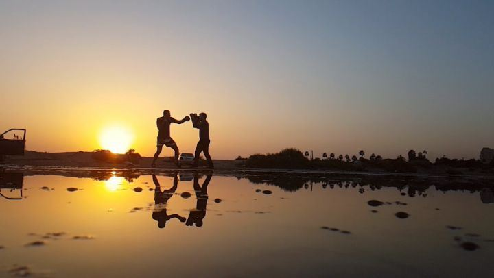 thaiboxing fight boxing reflection slowmotion sour beach ... (Soûr, Al Janub, Lebanon)